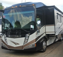 Jumbocruiser : Unique Sleeper Coaches and Nightliners and  Motorhomes